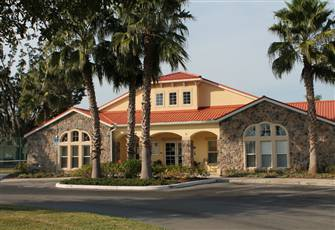 4 Bdrm Luxury Townhouse in a Gated Community 5 Miles from Disney Free WiFi !