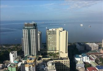 Condo with Breathtaking View, 43rd Floor Birch Tower. Malate, Philippines