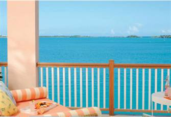 Bermuda Paradise, Private and Pristine 3 Bedroom Water-Front Villa