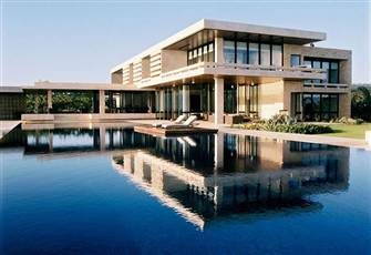 Exclusive, Modern and Private 8 Bedroom Villa near Playa Grande