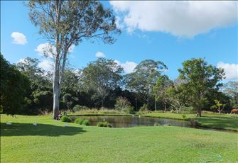 Gateway to the Sunshine Coast Qld Australia Stunning Boutique Holiday Home