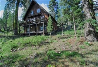 This 5br/3ba Alpine Meadows