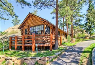 Romantic Log Cabin Two