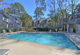 Townhome 2 Bedrooms +