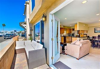 Great Beach Condo with