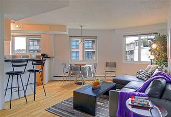 Ideal Downtown Location- Condo