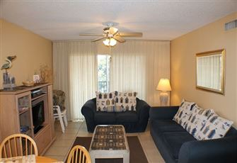 Beautifully Decorated 2 Bedroom