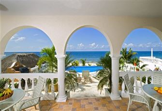 Direct Beachfront 5-6 Bedroom