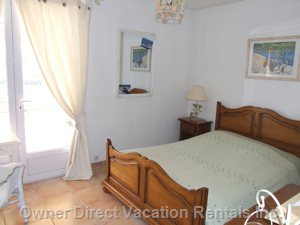 Bedroom with King Size Bed - Thiis Main Bedroom Offers a Direct Access to the Terrace and Pool.