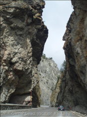 Sinclair Canyon - Radium
