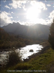 Gorgeous Chilliwack River Moments Away! - Chilliwack River Rafting and Chilliwack River Salmon Fishing Are Only a 3 Minute Walk Away from our Cabin.