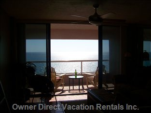 Relax and Enjoy the Breath-Taking View of the Gulf of Mexico from your 14th Floor Balcony.