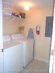 Fully Furnished Laundry Room Includes Detergent