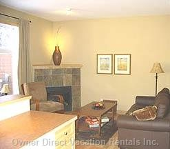 Cozy Livingroom with Great Views of the 13th Fairway