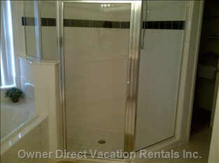 Master Bath with Separate Shower & Soaker Tub