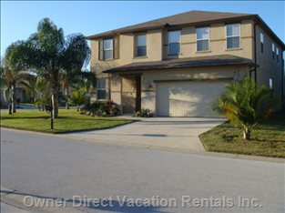 If you are Looking for Luxury, South Palms has Almost 4000sq.Ft of it!!