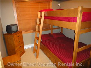 Second Bedroom - Full Size Bunk Beds W/ Plenty of Storage