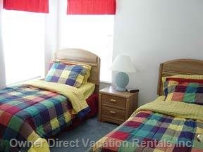 Bed 4 has Twin Beds, TV and DVD plus Extra Kid Size Chairs