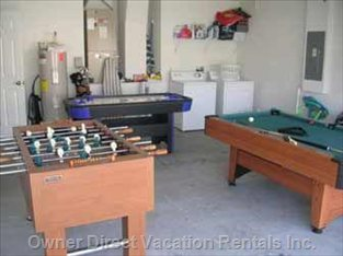 Games Room /Air Hockey/Table Foosball/Pool