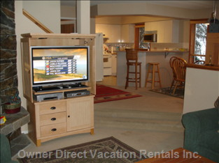"Spacious Townhouse. Fully Furnished. 42"" Hi-Def Tv"