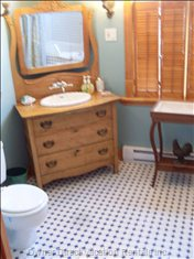 1920s Bathroom View