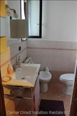 En Suite Bathroom#1