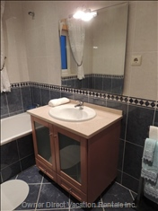 Main 1st Floor Bathroom with Bathtub, Bidet and Shower