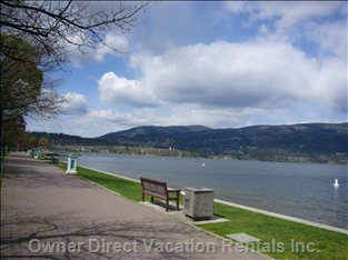 Lakeview from Downtown - Walk along our Famous Walkway that Takes you from the Beginning of Downtown all the Way to the End.