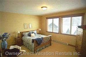1 of 2 Master Bedrooms,Ensuite,Walk in Closet,TV