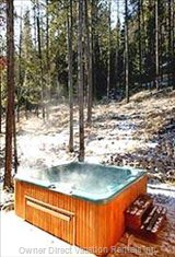 Relax after Ski/Golf in 8 Person Outdoor Private Hot Tub.