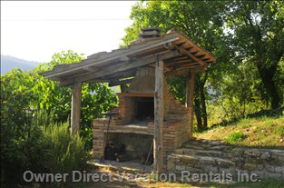 Grill in the Outdoor Brick Oven