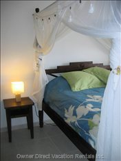 Comfortable Queen Canopy Bed in the 2nd Bedroom