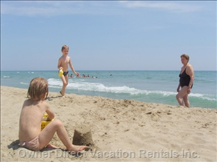 Canet Plage - 1 of Half a Douzen  Beach Resorts within 45 Min Drive