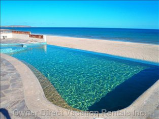 Your Own Private Pool on the Beach!
