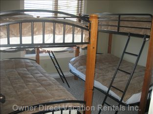 Twin Bunks in Second Bedroom