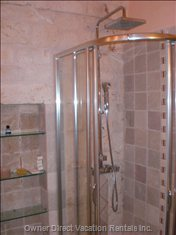 Bathroom - Apartment 2