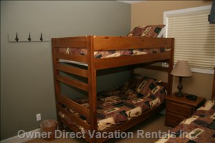 "The other Bunk Bed Room - Sleeps 3 and has a 22"" Flat Screen TV with an HD-Pvr and DVD"