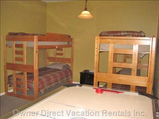 2 Sets of Single/Single Bunkbeds & Air Hockey - 'Suite'