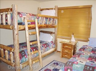 The Bunk Room Also a Twin Bed