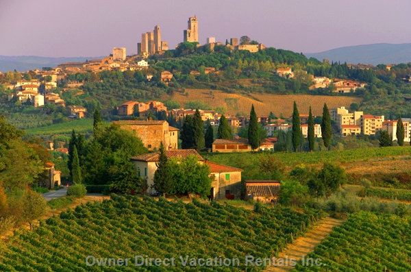 2-Bedroom apartment in an exclusive farmhouse with wonderful view on San Gimignano