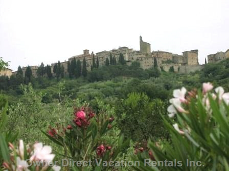 3-Bedroom viilla nestled against the Etruscan walls surrounding the town of Panicale