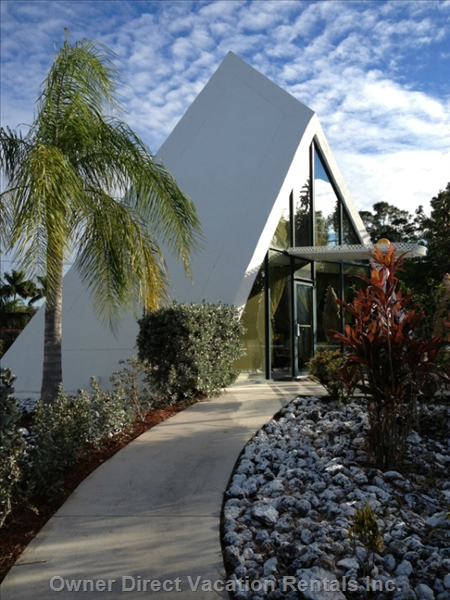 Stay in one of the uniquely designed pyramid apartments in Fort Myers