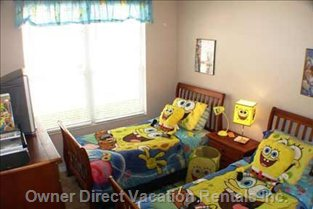 Kids Bedroom - (Alternative Bedding for Older Family Members!)