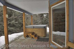 Lower Unit Deck and Hot Tub in the Winter