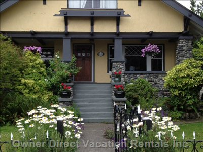 1912 Character Home in the Heart of South Oak Bay