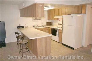 Kitchen with Breakfast Bar with all the Amenities.
